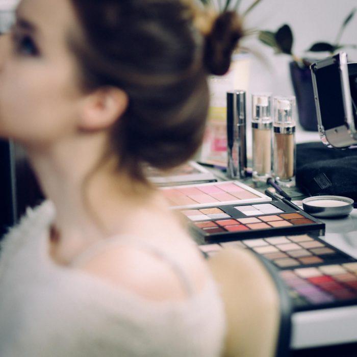 adult-beautiful-cosmetics-361755-2